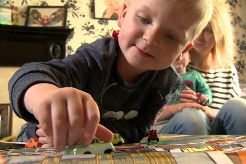 Il bambino che si è risvegliato dal coma nel giorno del Venerdì Santo.