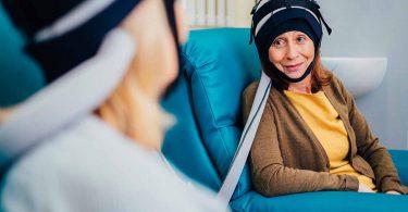 il-casco-refrigerante-che-previene-la-caduta-dei-capelli-durante-la-chemioterapia