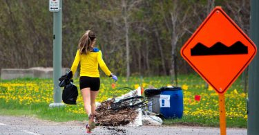 plogging-correre-mentre-si-raccoglie-immondizia-photo-by-silicycle