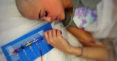 anna-francesca-e-il-suo-foto-diario-di-colori-contro-il-tumore