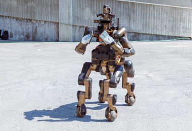 Centauro: il robot che aiuta in caso di emergenza