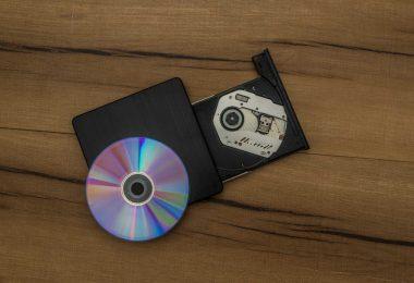 Ricercatore scopre come scrivere 1000 Terabyte su un CD