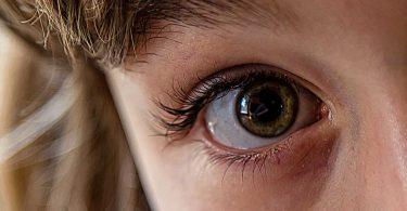 La dilatazione delle pupille influenza la percezione degli altri