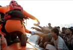 Mediterranea, tra chi racconta e salva vite umane