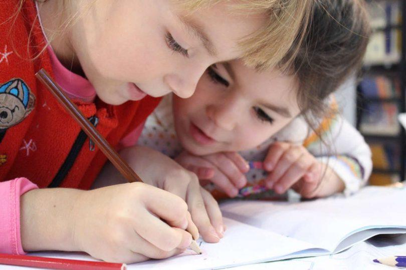 Iniziare la scuola più tardi può migliorare la salute?