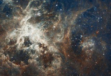 l'universo sarebbe una bolla in espansione in un altro universo