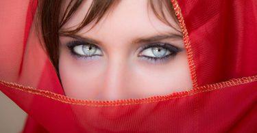 Gli occhi chiari potrebbero salvarti dalla depressione