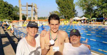 Marco D'Aniello, giovane autistico tarantino è campione italiano di nuoto.
