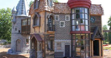 Nonni regalano il castello di Hogwarts alla nipotina