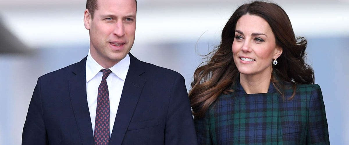 William e Kate di Cambridge viaggiano su un volo low cost