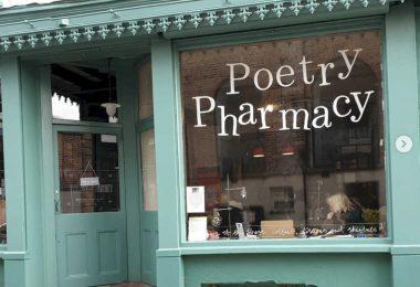 The Poetry Pharmacy, la farmacia che prescrive poesie per alleviare lo stress